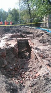 Architectural remains discovered during construction (by TVN Warszawa)