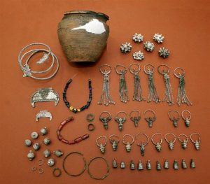 The Early Medieval jewellery treasure trove (by Stanisław Stadnicki)