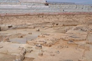 Overview of part of the Phaleron cemetery (by Forbes)