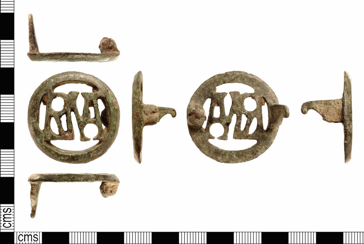 Love message on a 1800-year-old brooch