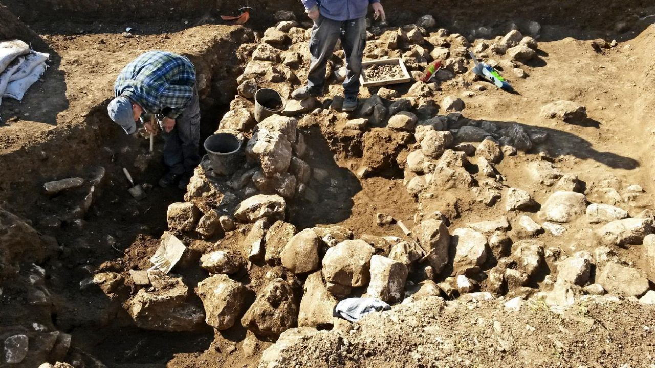 7000-year-old settlement unearthed in Jerusalem