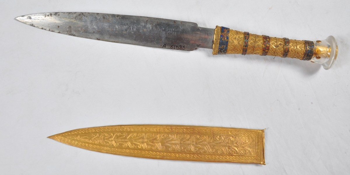 X-ray reveals Tutankhamun's dagger made from meteorite iron