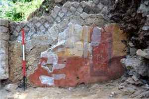 Painted wall found during excavations (by Live Science)