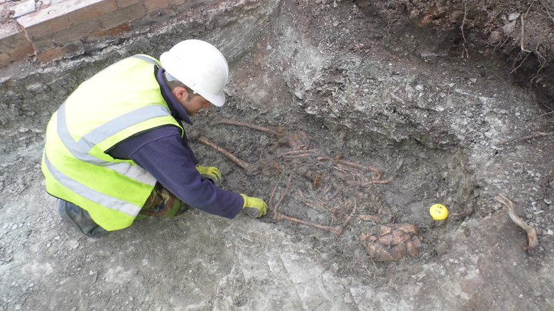 Roman cemetery discovered in Leicester