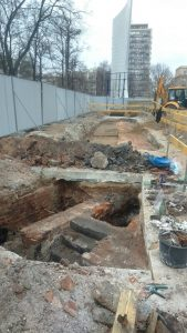 Excavations conducted prior to construction of the new Parliament Office building (by TVN Warszawa)