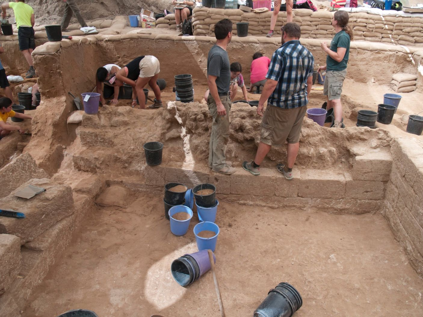 Archaeologists discover first-ever Philistine cemetery