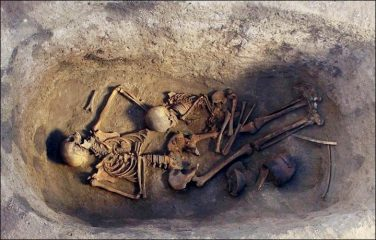 Early Bronze Age burial of a noblewoman found in Siberia