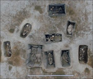 Other burials at the site (by The Siberian Times)