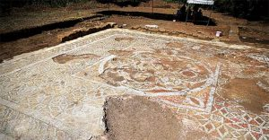 Mosaic floor at Prusias ad Hypium (by Huriyet Daily News)