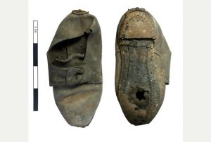 The shoe found in Cambridge college (by Cambridge News)
