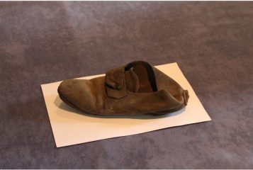 Construction workers find 300-year old shoe in Cambridge college