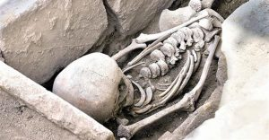 Stratonikeia burial (by Hurriyet Daily News)