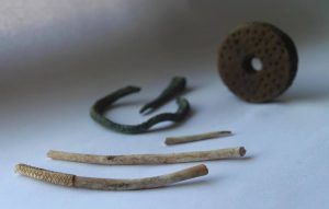 First artefacts from the site (by Muzeum w Koszalinie)
