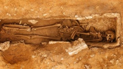 Roman Period burial within a quarry discovered