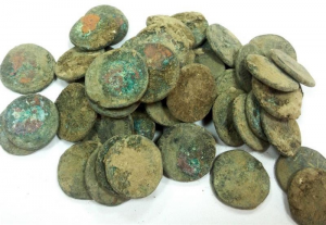 Trove of coins discovered in 2016 (by Janusz Recław)