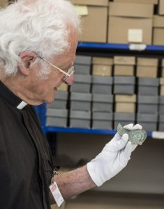 Examination of the bronze Wing from Gloucester (by BBC News)