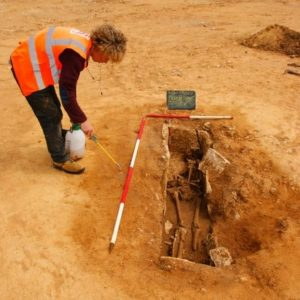 Excavation of the burial (by BBC News)