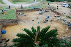Excavations of Katsuren Castle (by ABC)