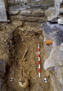 Graves found in Bradford upon Avon (by Wiltshire Times)