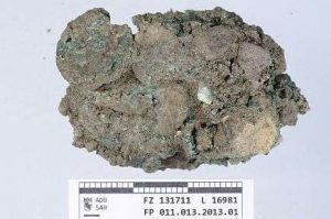 Oxidised remains of a private purse (by PhysOrg)