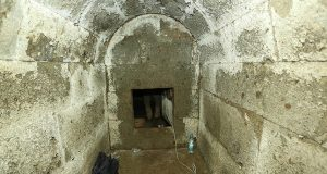 Inside the burial chamber (by Daily Sabah)