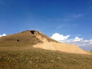 The tumulus destroyed by looting (by Kastamonu Gazetesi)