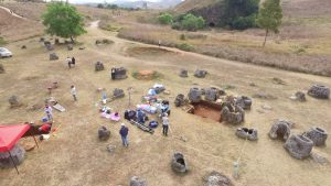 Archaeologists at work at the Plain of Jars (by New Atlas)