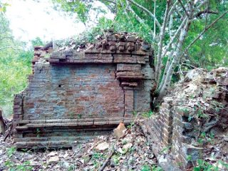 Ruins of ancient temple discovered in Sri Lanka