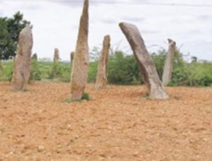 Megalithic structures (by Bangalore Mirror)