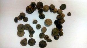 Numerous buttons (by Komenda Powiatowa Policji w Pile)