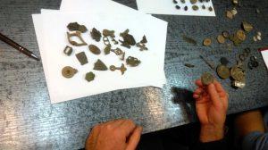 Assessing the find (by Komenda Powiatowa Policji w Pile)