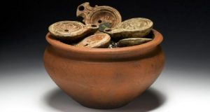 The pot of finds (Aargau canton archeology department)