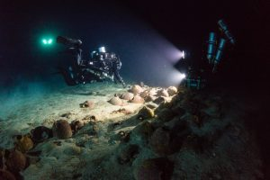 The wreckage studied by underwater archaeologists (by International Business Times)