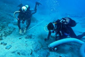 Underwater excavations (by Haaretz)