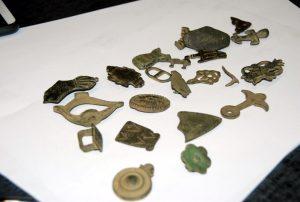 Various historical items (by Komenda Powiatowa Policji w Pile)