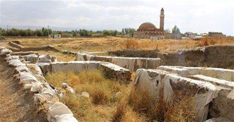 Excavations in Van unearth new structures