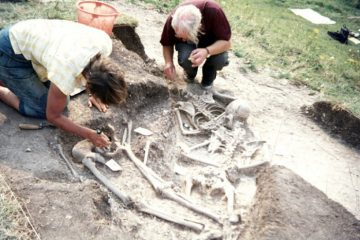 Excavations reveal evidence for executions on a hill