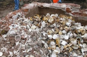 Excavations reveal thousands  of Victorian jam jars and pickle pots