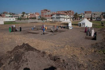 Children footprints discovered in ancient Egyptian mortar pit