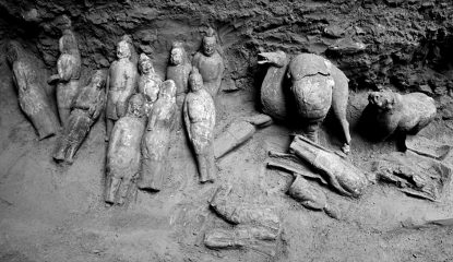 Ancient Chinese tomb filled with figurines discovered