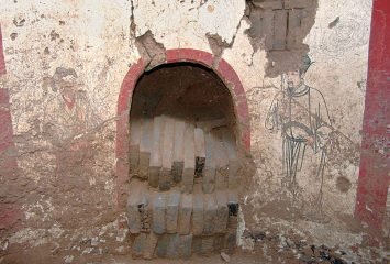 1000-year-old tomb filled with paintings found