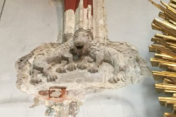 14th-century sculptures and paintings found in a church