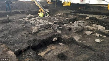 Iron Age settlement found under Viking king's resting place