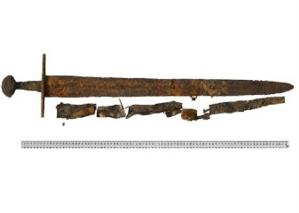 Sword found at 12th cent. battle site
