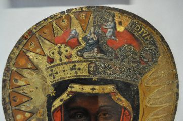 Black Madonna painting revealed under Lady of Częstochowa painting