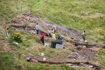 Excavations at Cornish castle linked to King Arthur mythos