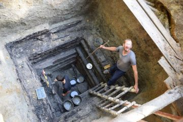 Early Slavic wooden water well discovered in Ukraine
