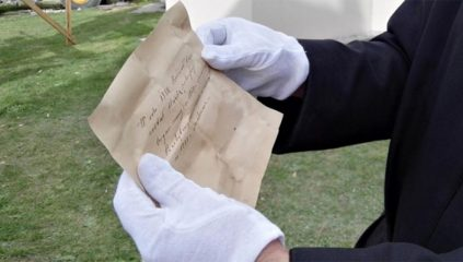 Time capsule with 19th-cent. documents discovered in a church