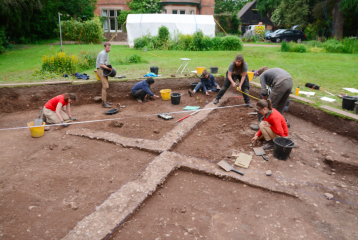 Viking winter camp unearthed