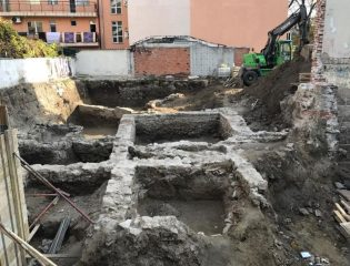 Roman ruins found under illegally demolished house